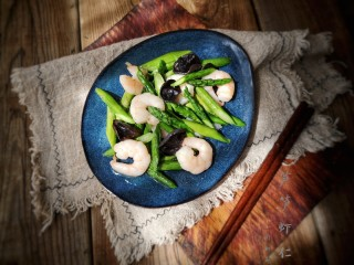 芦笋虾仁——春吃一口鲜