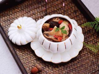 姬松茸板栗炖鸡汤,成品一