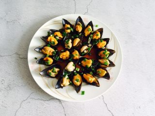 葱油海虹+舌尖上的美食,撒上葱花