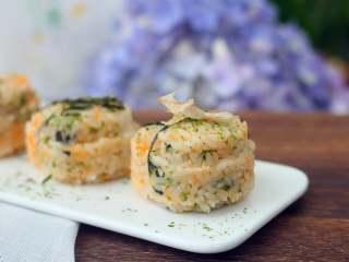 海苔肉松包饭