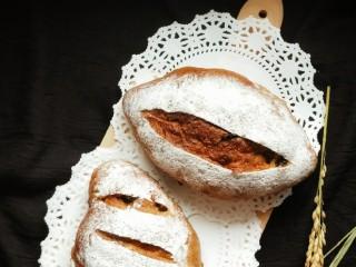 全麦葡萄干核桃面包,成品