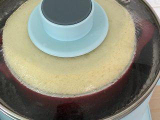 蒸蛋糕,30分钟左右即可。