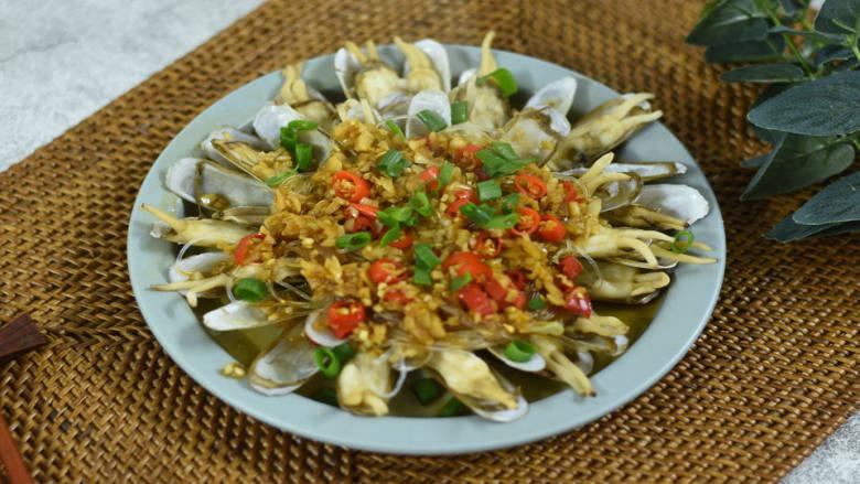 蒜蓉粉丝蒸蛏子,好做又好吃的美味海鲜菜,多吃还不胖