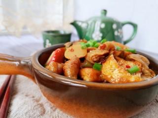 酸菜油豆腐烧肥肠,好吃!