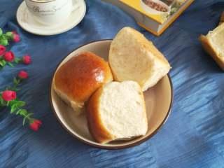 满满的回忆+老面包