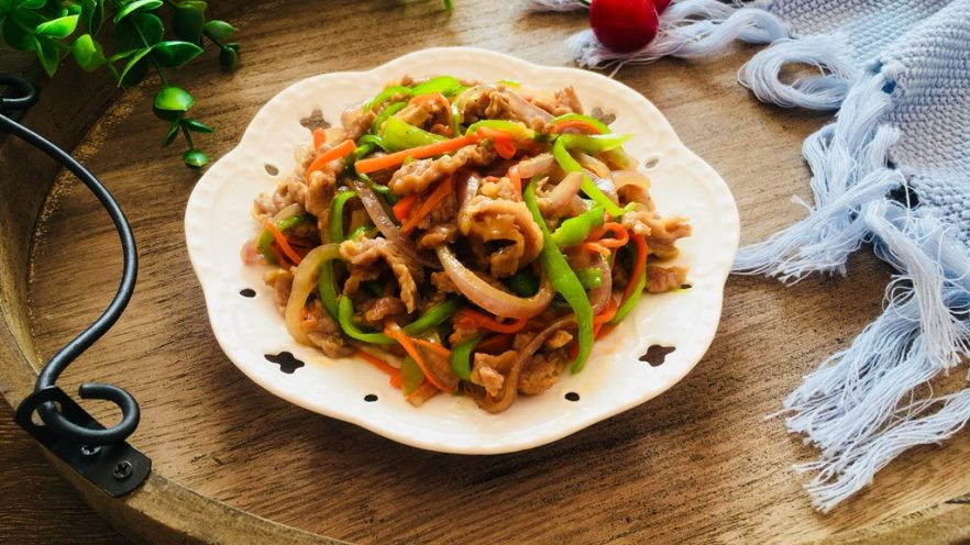 洋葱青椒炒牛肉