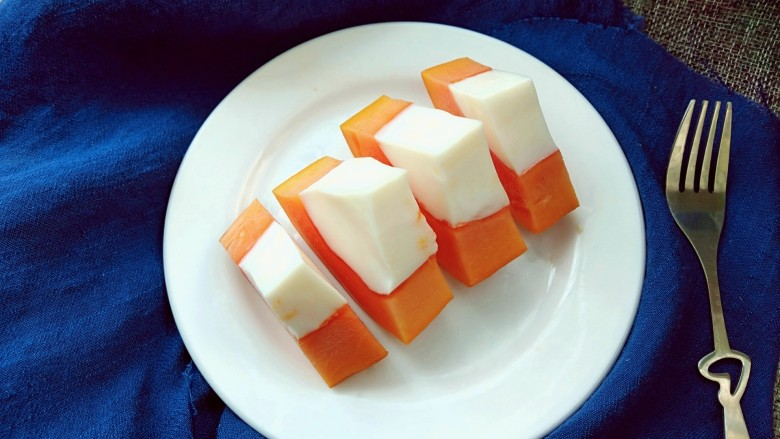 木瓜牛奶冻,装盘