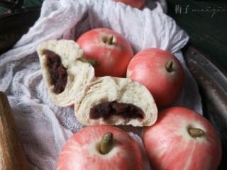 苹果豆沙包,带馅的苹果,很有创意吧。