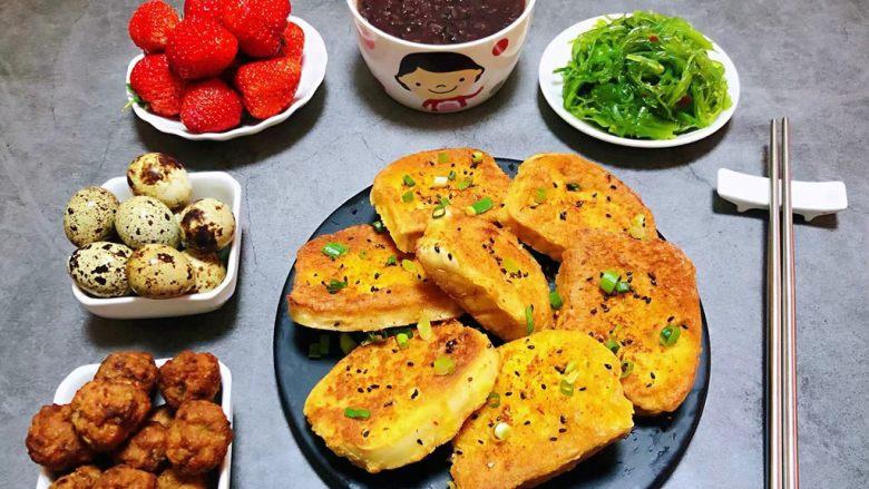 香煎馒头片,普通的食材用心去做就会给家人带来更多的幸福快乐时光