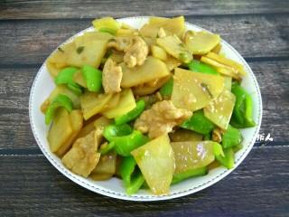 尖椒土豆片小炒肉