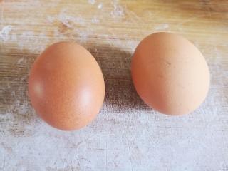 东北老式大饼干,这个鸡蛋个头有点大
