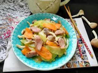 小炒莴苣,拍上成品图,一道美味的小炒莴苣就完成了