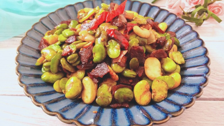 香肠炒蚕豆,成品图34