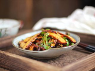 螺丝椒炒豆干,成品图。
