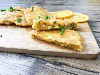 用平底锅就能做出营养早餐:蔬菜虾仁煎饼