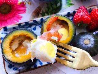 鹌鹑蛋鲜虾贝贝小南瓜盅,很诱人很好吃