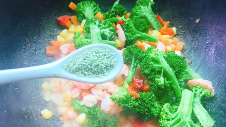 胡萝卜玉米炒虾仁,蔬之鲜