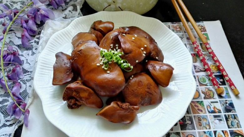 五香卤鸭肝