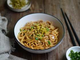 便宜又大碗的武汉热干面,三餐都能吃
