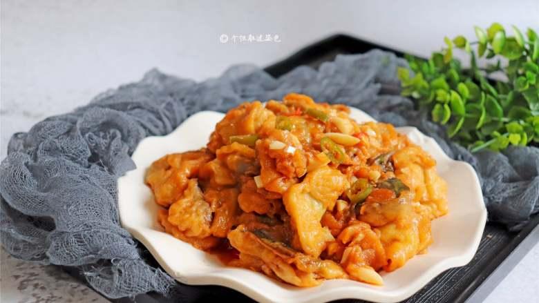 糖醋茄子,软软嫩嫩,带着微微有点西红柿酸的茄子,拌上米饭,每次都是一大碗
