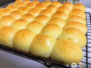 蜂蜜小面包,新鲜出炉^_^