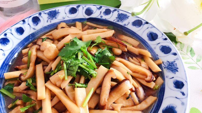 蚝油双菇仙贝丁,非常美味