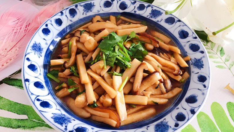 蚝油双菇仙贝丁,成品图