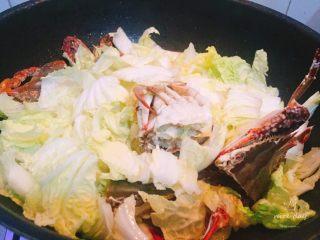 螃蟹白菜汤,再次翻炒