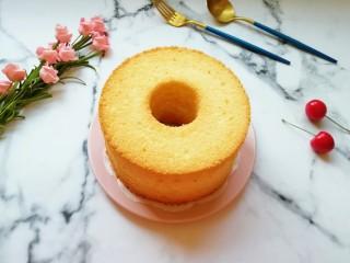 6寸中空戚风蛋糕