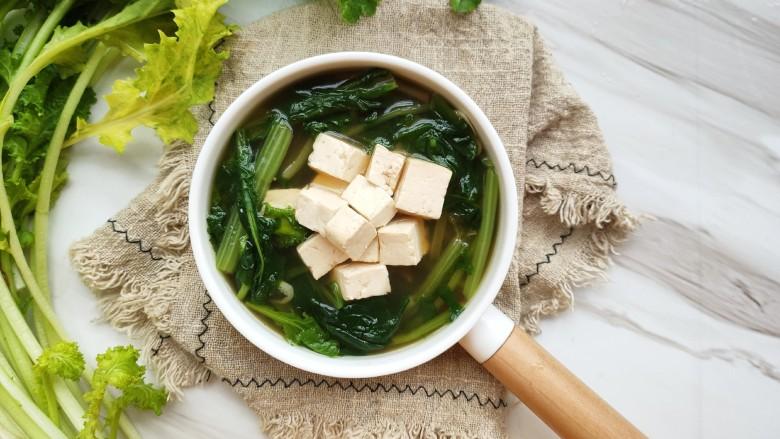 苔菜豆腐虾皮鲜汤