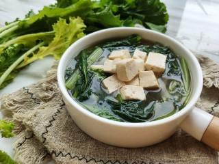 苔菜豆腐虾皮鲜汤,最后出锅前放入盐和亚麻籽油 (亚麻籽油味道很怪,一般人接受不了,但确实有利于血脂代谢)