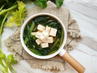 苔菜豆腐虾皮鲜汤,完成