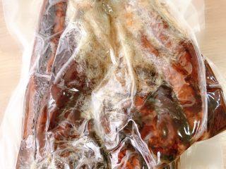 蒸腊肉,好不容易买到的,一年就卖一次