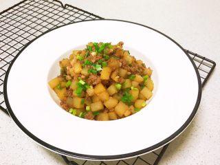 宝宝健康食谱  豉油肉末烧土豆