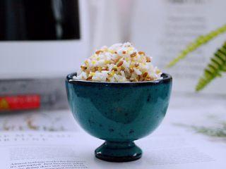 麦仁青稞杂粮饭