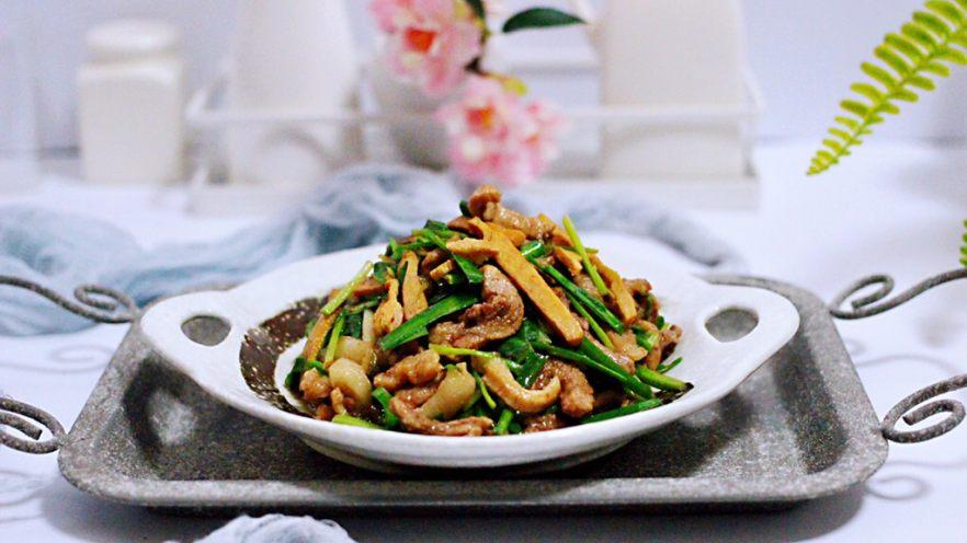 香干肉丝炒韭菜