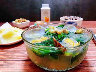 小白菜蚬子汤,海边的孩子就是好幸福可以随时随地的吃到鲜美的海鲜