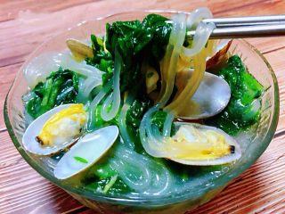 小白菜蚬子汤,小白菜清口粉条顺滑太享受这道美味了
