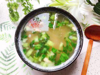 青菜口蘑虾干汤,鲜美无比