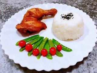 红烧鸡腿,一餐桌一定不会少了水果的味道即解腻又爽口