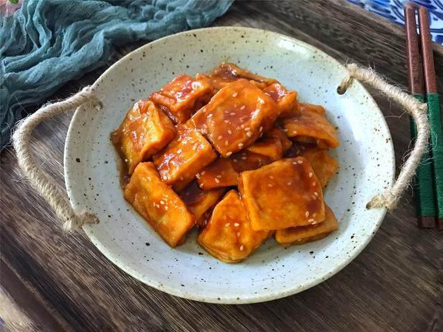 豆腐怎么做好吃?試試叉燒豆腐,比肉還好吃哦!