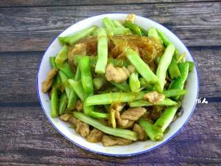 四季豆肉片烧粉丝