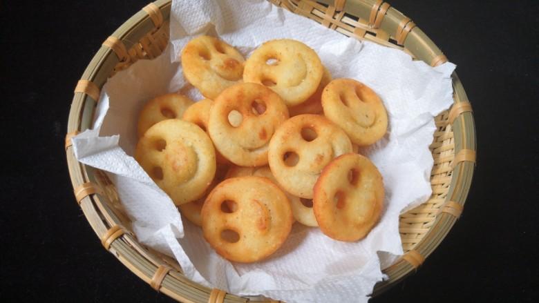 笑脸土豆饼,出锅。