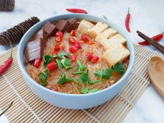 双色豆腐粉丝汤
