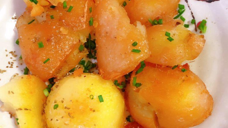 香辣小土豆,放点小香葱