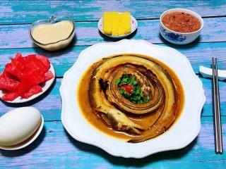 红烧海鳗,丰盛的早餐会给人带来一天的好心情