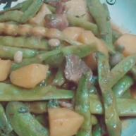 豆角烧土豆