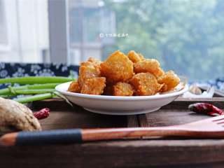 自制鱼豆腐,用龙利鱼做的鱼豆腐,加入鸡蛋和木薯淀粉,口感Q弹,新鲜美味