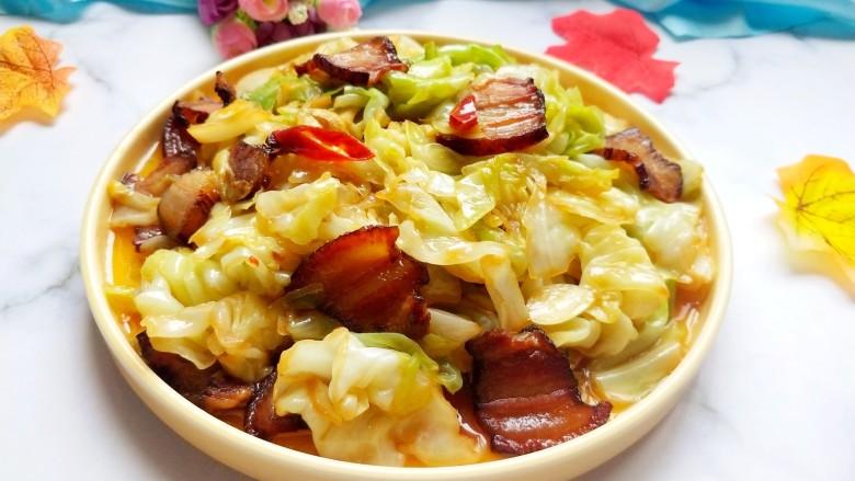 干锅腊肉包菜