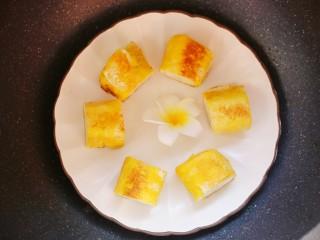无敌简单的香蕉土司卷,成品。